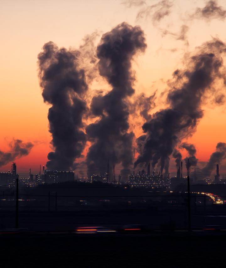 Taranto: L'odore del metallo